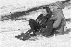 27_Fun-in-the-snow